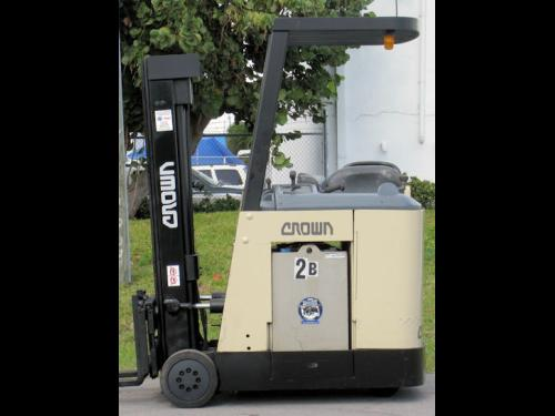 2000 Crown RC3000 Worldwide Forklifts